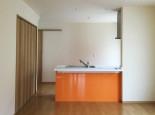 オレンジのキッチン