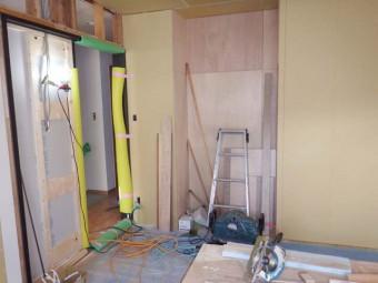 2階和室スモークオーク柄の建具枠です